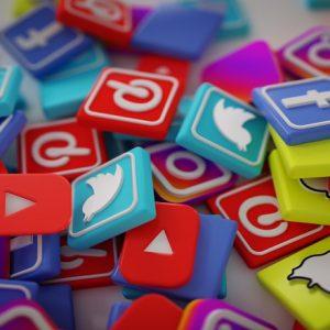 اشتباهاتی که افراد در بازاریابی شبکههای اجتماعی مرتکب میشوند