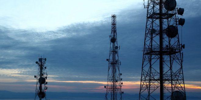 آیا می توانیم از اپراتورهای تلفن همراه بابت نصب دکل شکایت کنیم؟