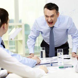 با ۱۰ ویژگی مدیران غیرحرفهای آشنا شوید